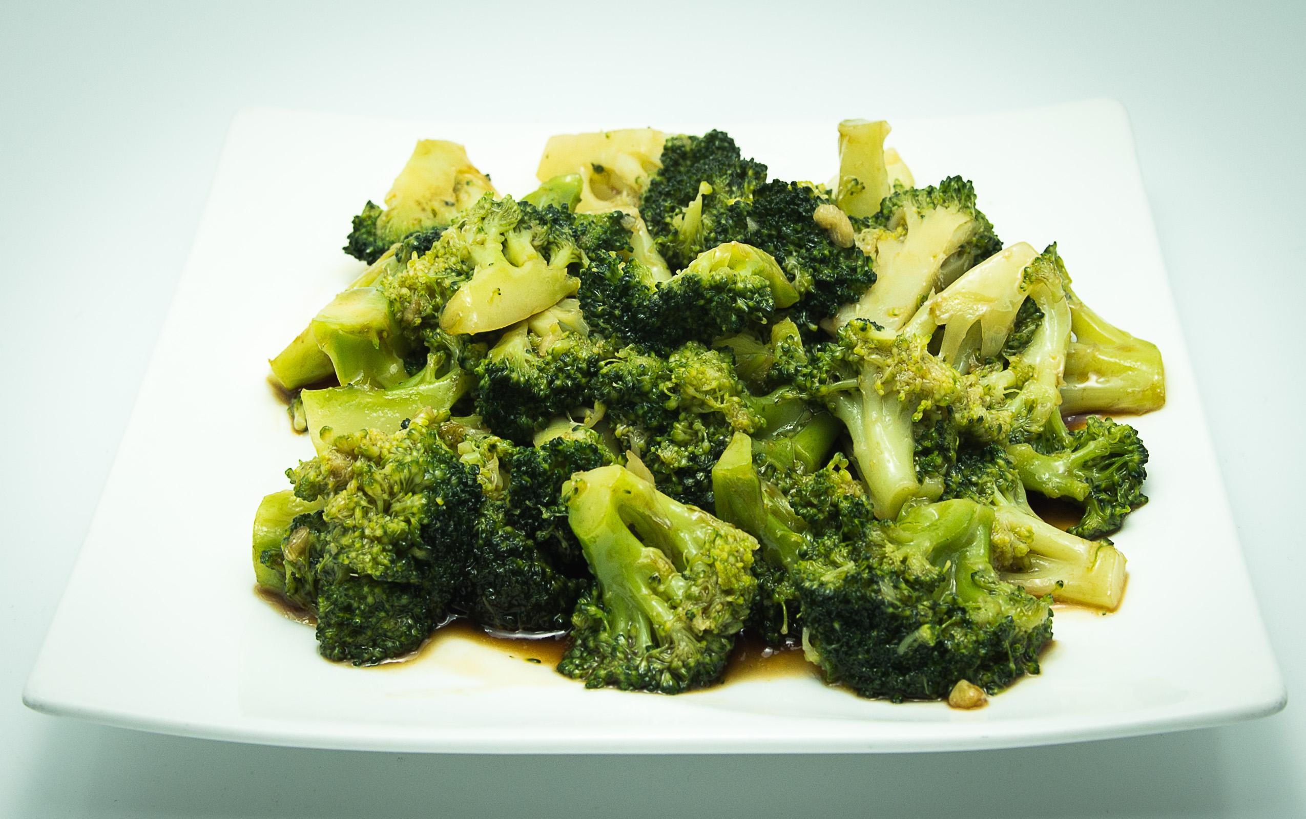 brocoli-in-sos-de-stridie
