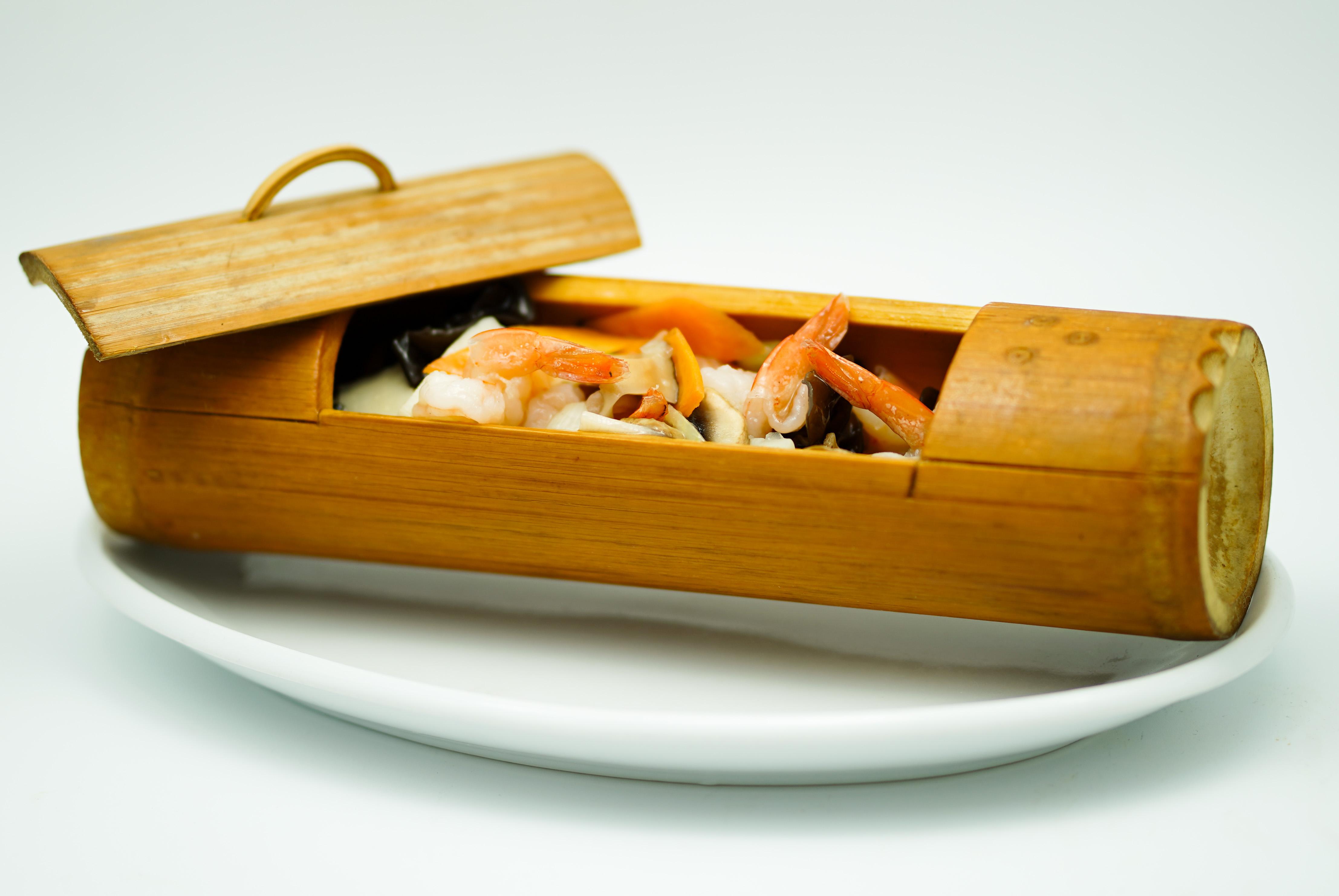 creveti-in-coaja-de-bambus