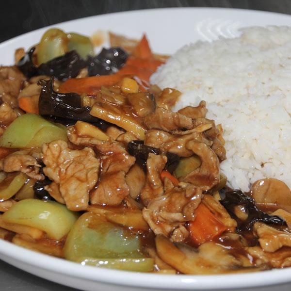orez cu carne de porc si legume